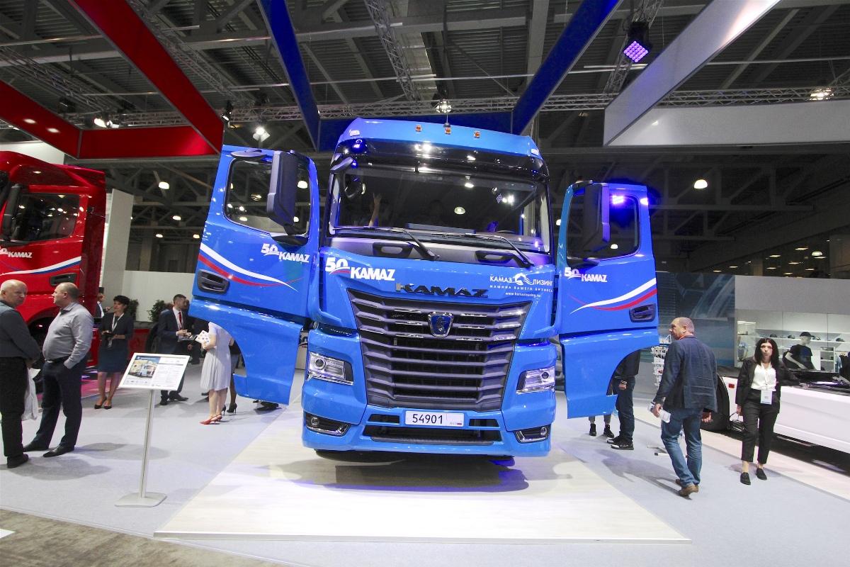 В России стартовали продажи тягачей КАМАЗ нового поколения 1