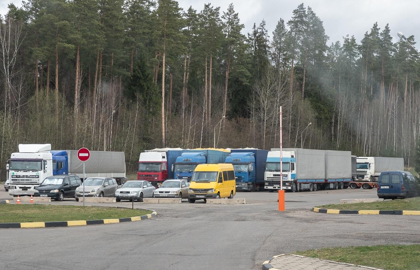 Барановичские дальнобойщики о жестких правилах транзита по Беларуси 3