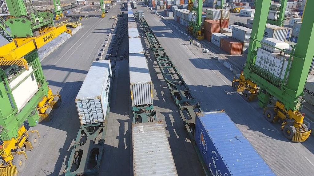 Maersk будет работать только через один порт в Украине – Южный (TIS-контейнерный терминал) 1