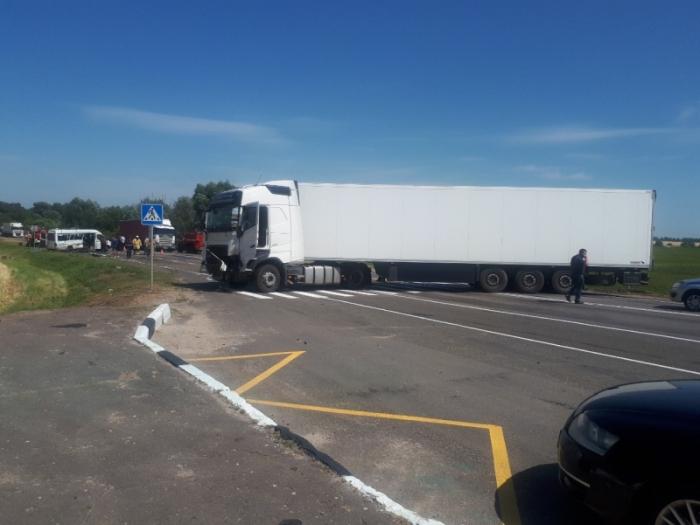 В России осудили белорусского дальнобойщика на 4 года за ДТП с 3 погибшими 1
