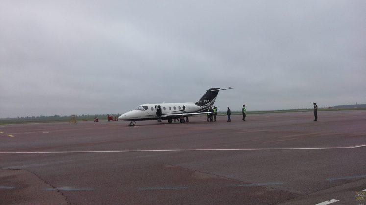 В аэропорту Гомель совершил аварийную посадку самолет ВЕ40 чешской авиакомпании Time Air 3