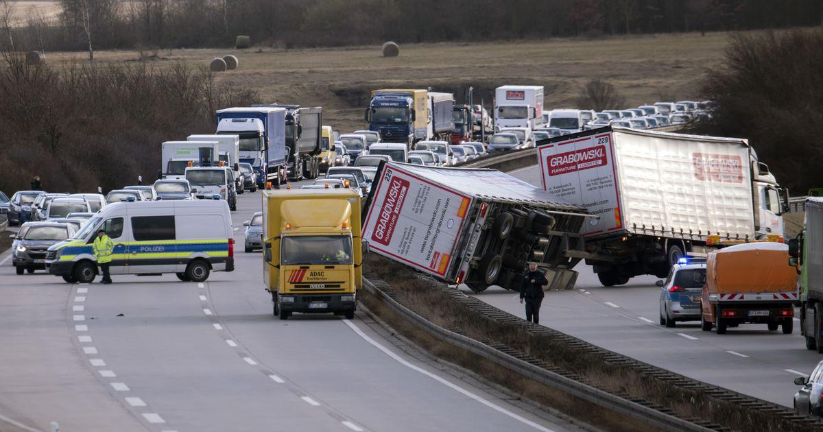 Несмотря на новейшие технологии, количество ДТП с грузовиками в Европе растет 3