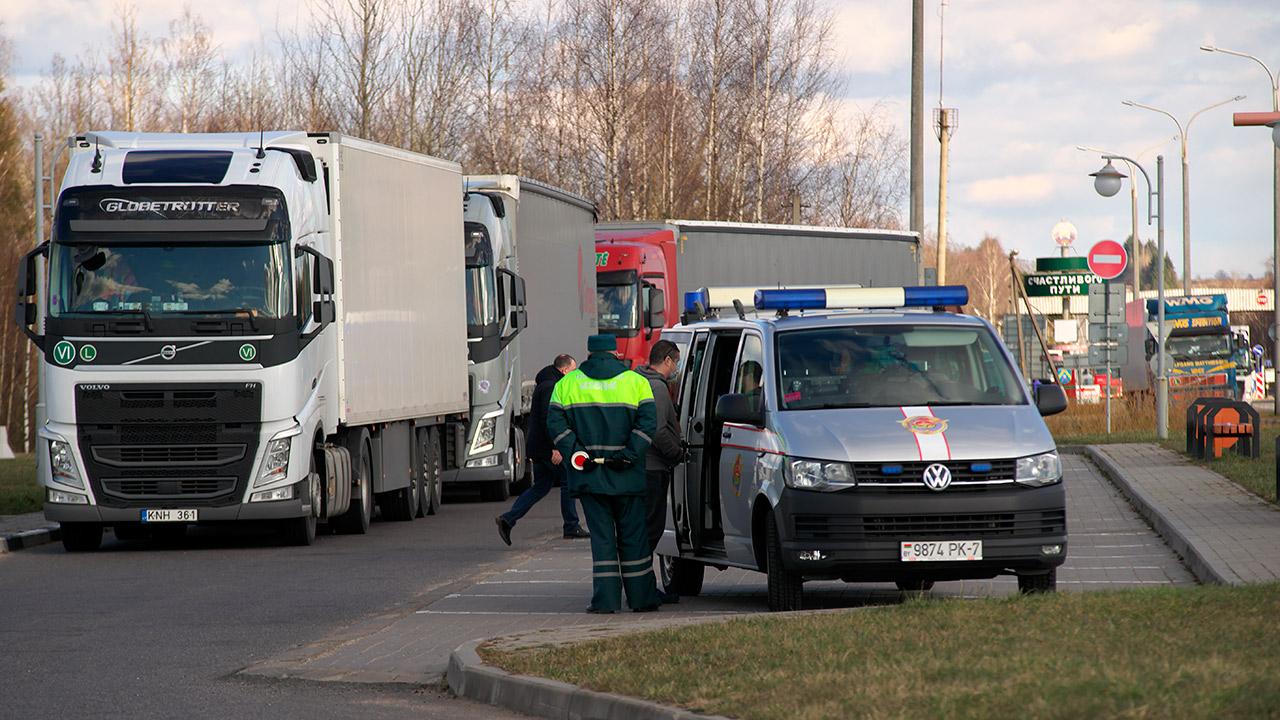 В Беларуси с 1 июля сняты транзитные ограничения для большегрузов. Комментарий к Постановлению № 372 1