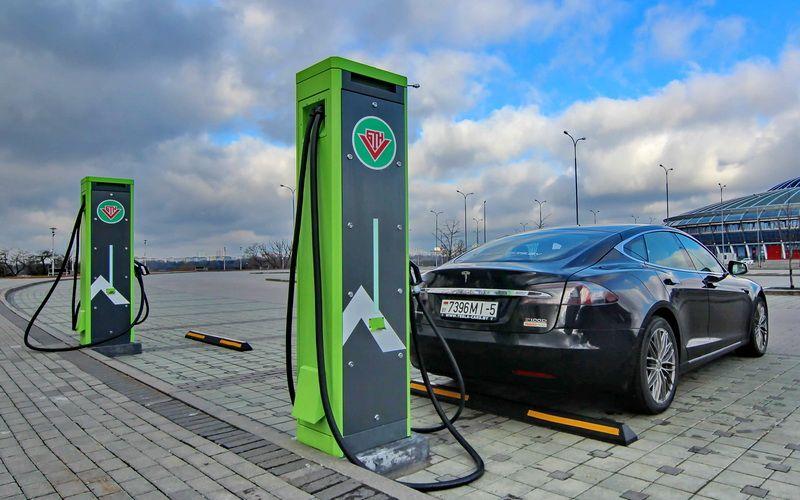 В Беларусь за первую неделю действия льгот ввезли 250 электромобилей 1