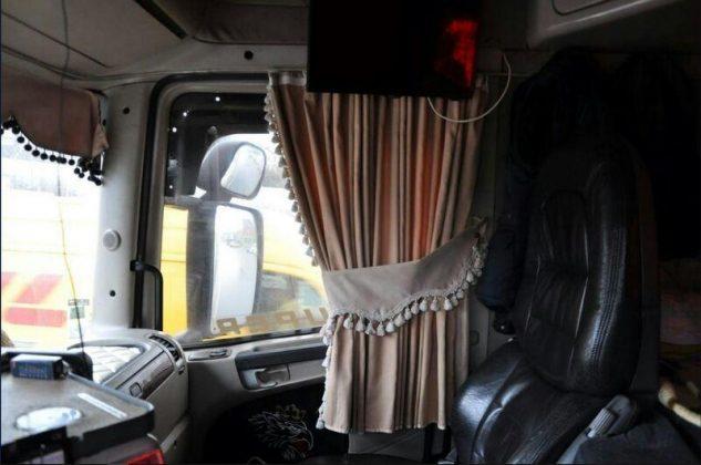 Как украшение кабины дальнобойщика может привести к проблемам с полицией 9