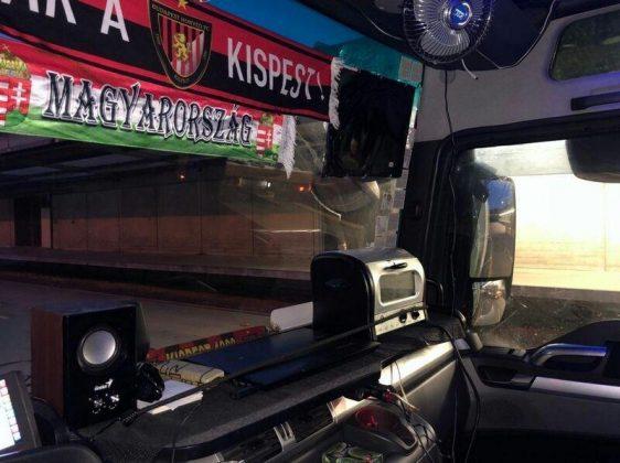 Как украшение кабины дальнобойщика может привести к проблемам с полицией 3