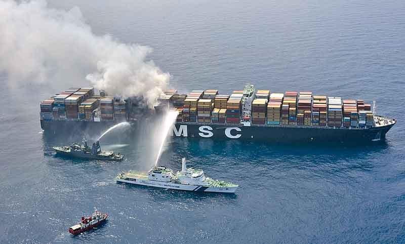 TT Club: у терпящих бедствие кораблей возникают проблемы с поиском места для стабилизации судна и груза, а также разгрузки контейнеров 1