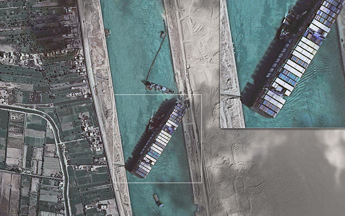 Египетский суд отклонил апелляцию владельца об освобождении из-под ареста контейнеровоза Ever Given 1