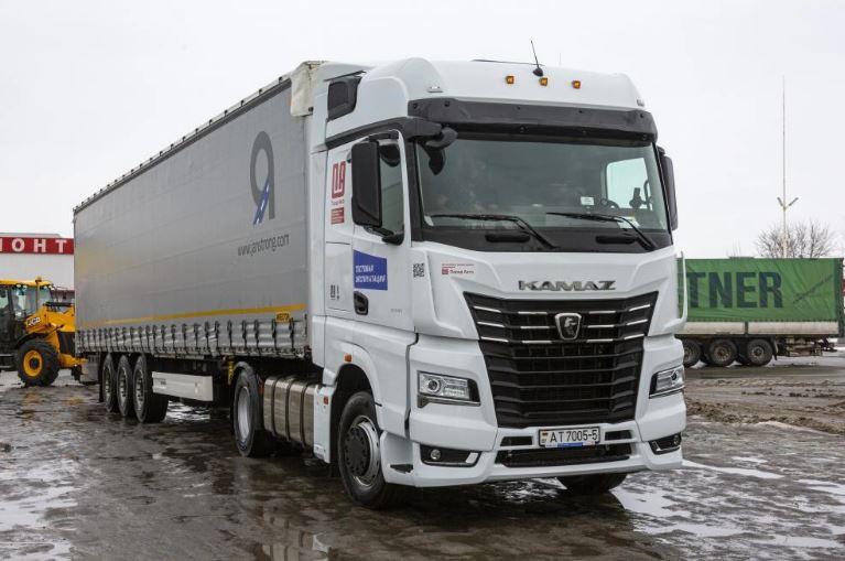 Тестирование KAMAZ-54901 по дорогам ЕС. Мнение водителя о тягаче 3
